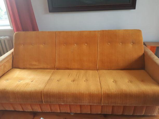 Kanapa i 2 fotele w dobrym stanie