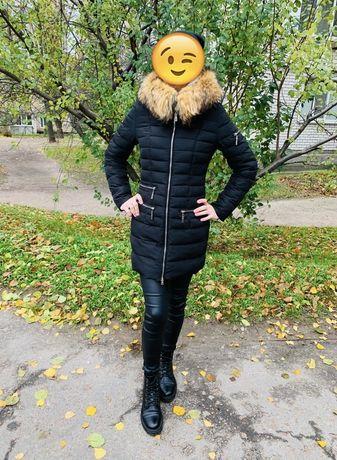 Пальто дутое зимнее с натуральным мехом из песца