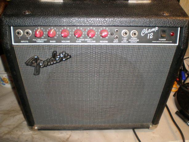 Полно ламповый комбик Fender Champ 12 Red knob USA-80 ears