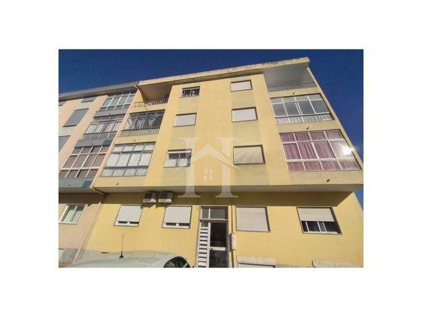 Apartamento T2 no Paio Pires