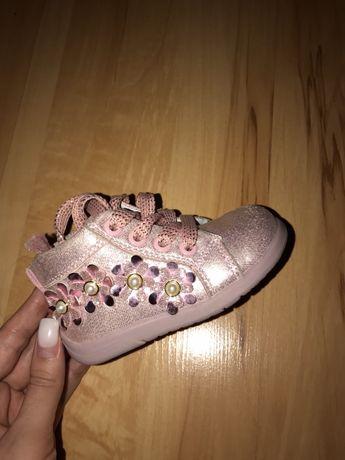 Детские осене -весенние ботинки
