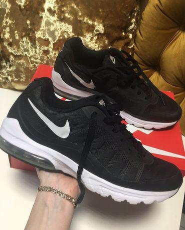 110. Oryginalne buty Nike air max Invigor 42 czarne męskie okazja