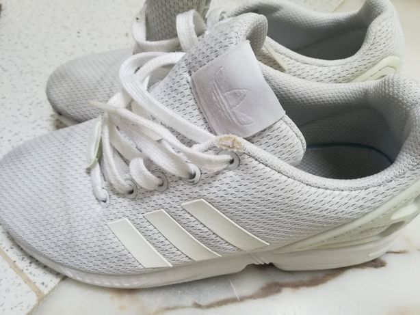 Tenis Adidas 36 cor branco
