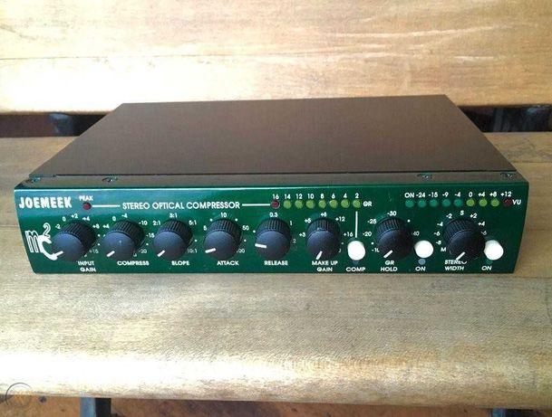 компактный стерео компрессор JoeMeek MC2 Stereo Optical Compressor