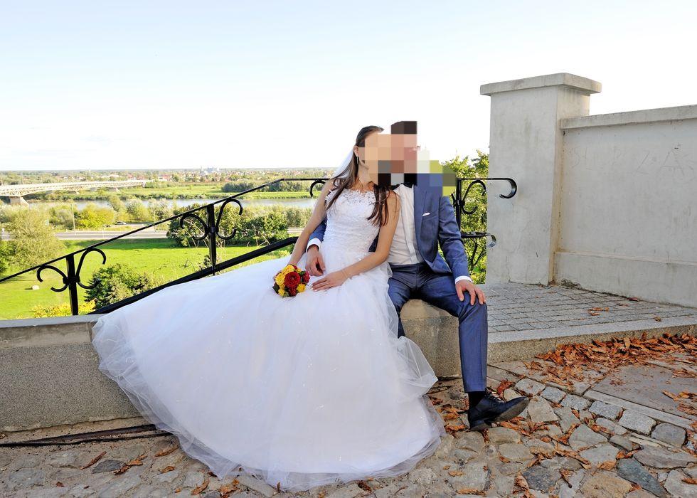 Suknia ślubna Hyżne - image 1