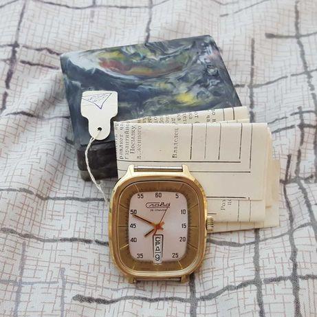 Новые часы Слава Холодильник ау1 СССР (Worldwide shipping)