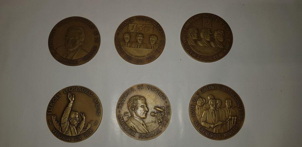 Colecao de Medalhas em Bronze Homenagem a Sá Carneiro