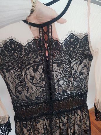 Sukienka z czarna