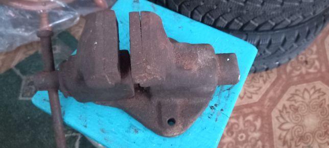 Тиски слесарные 80 мм поворотные