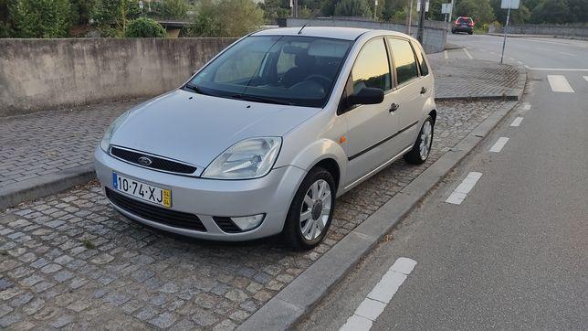 Ford Fiesta 1.25 c/ Ar condicionado