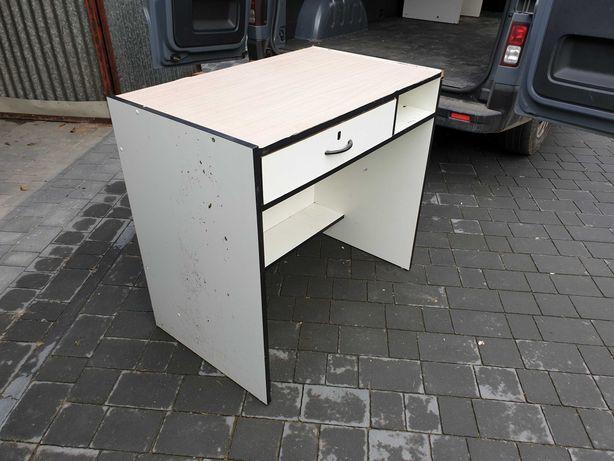 Używane regały i biurka w dobrym stanie i w super cenie...