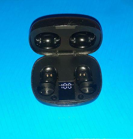 Док-станция зарядное устройство для Bluetooth наушников YISON