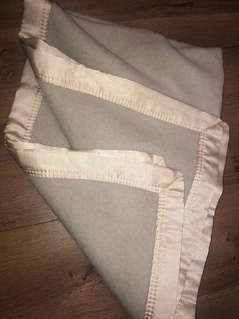 Шерстяное одеялко