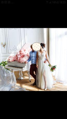 Свадебное, вечернее платье со шлейфом невенчаное (белое, айвори)