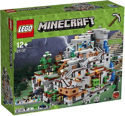 LEGO Minecraft 21137 - the mountain cave