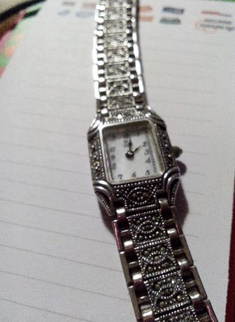Relógio de senhora Louis Margaux, Paris, prata 925 e marcassites