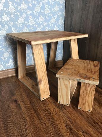 Дитячий столик з стільцем
