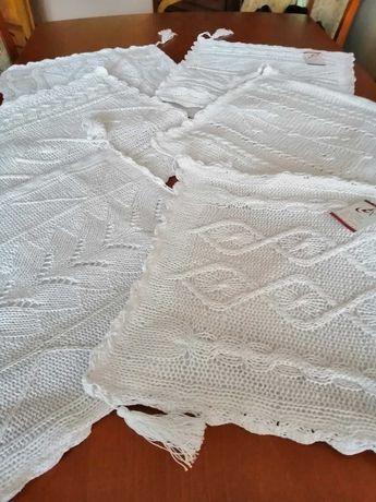 Poszewki dekoracyjne białe