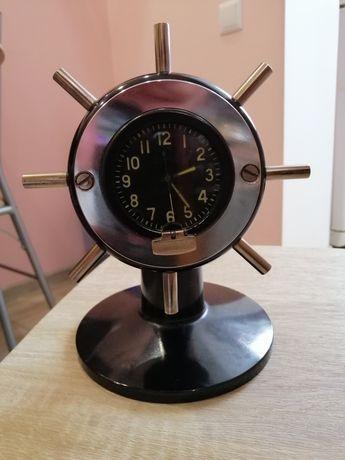 Часы/подарок/сувенир/ручная работа