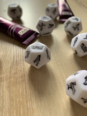 Кубик для взрослых игр