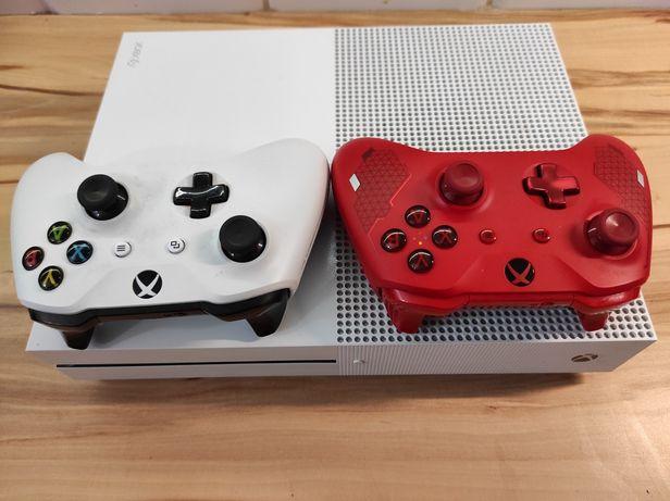 Xbox One S 500GB+2 pady +5 gier Stan Idealny