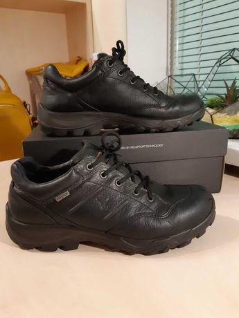 Демисезонные кроссовки -ботинки Ecco р-р42(27см)Оригинал