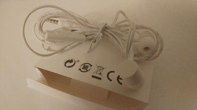 Oryginalne słuchawki LG od LG g5 nowe.