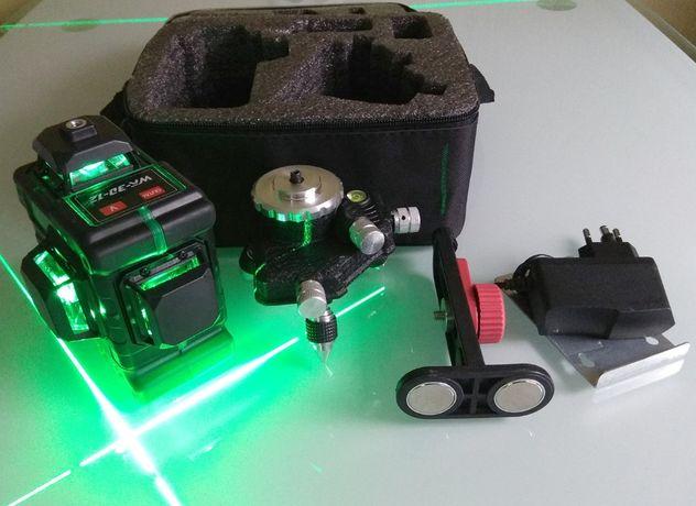Лазерный уровень максимальная комплектация 3D зеленый луч 12 линий