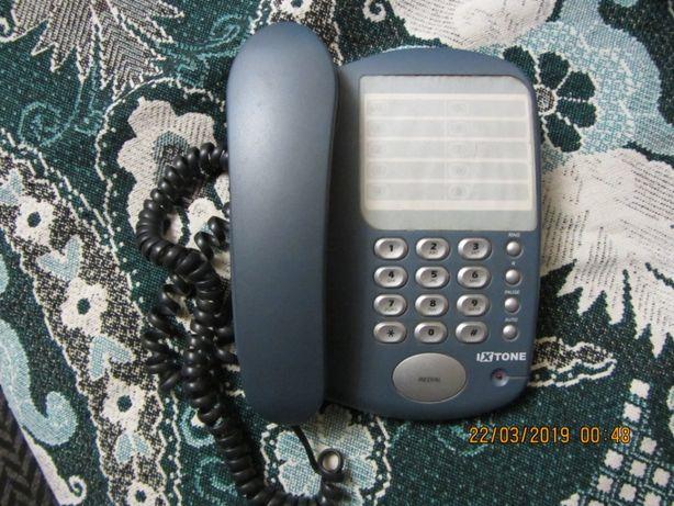 кнопочный телефон I X TONE б/у состояние нового