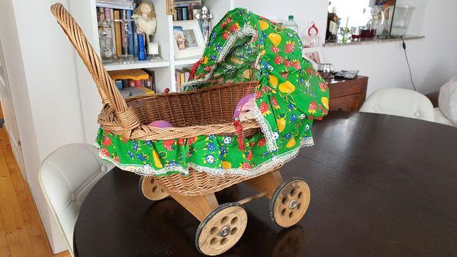 Zabawka wózek z lalką  dla małego dziecka