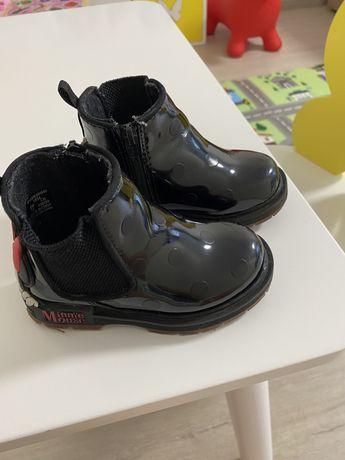 Ботиночки детские, черные!
