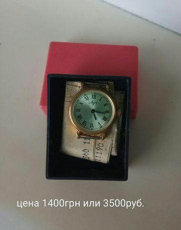 """Продам женские механические часы""""Луч""""."""