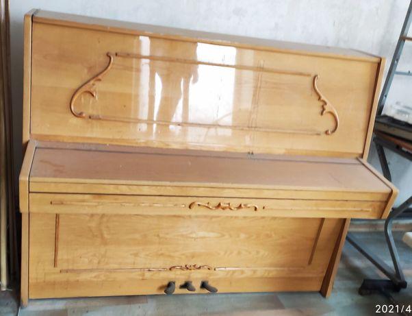 Пианино Украина Хорошее состояние Два цвета