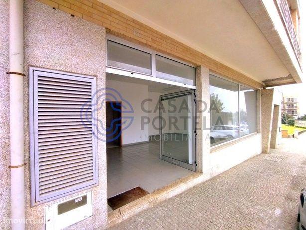 Loja no Centro de Alfena para qual quer ramo de comercio.