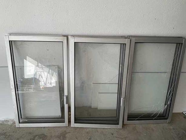 Vendo 4 janelas de alumínio usadas