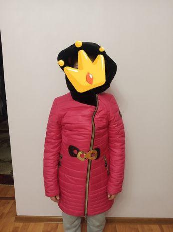 Зимова куртка з шикарним капішоном