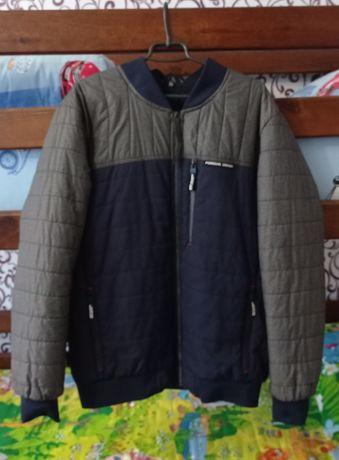 Продам куртку 54 розмір