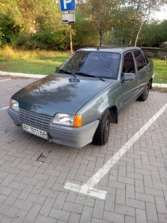 Опель Кадет 1986 1,3