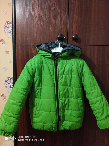Куртка на осінь -зима