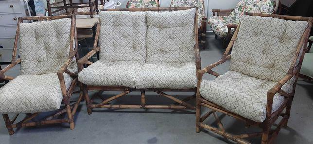 Conjunto de sofas em bambu 2