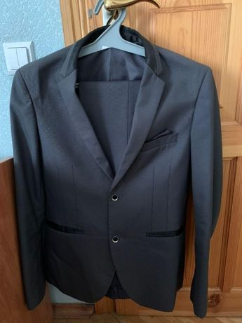 Мужской серый школьный костюм.+ПОДАРОК!