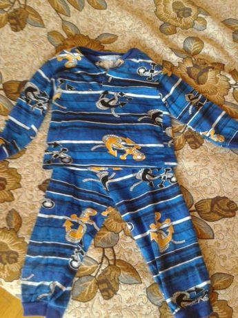 Пижама и одежда для сна
