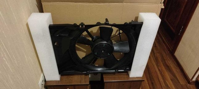 Диффузор Радиатора Jeep Compass 2017+ Вентилятор в сборе 68249185AD