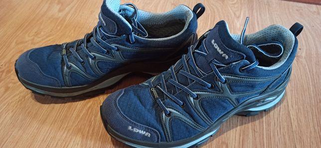 Продам женские ботинки/кроссовки Lowa Лова