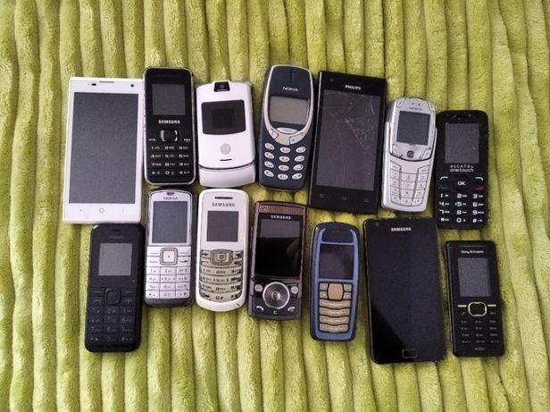 14 telefonów komórkowych, ładowarki, etui ochronne, ipod nano