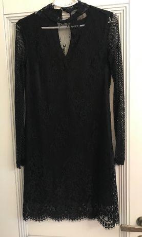 Итальянское кружевное черное платье_размер S