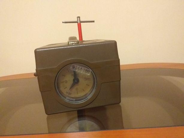 Zegar do konstatowania gołębi