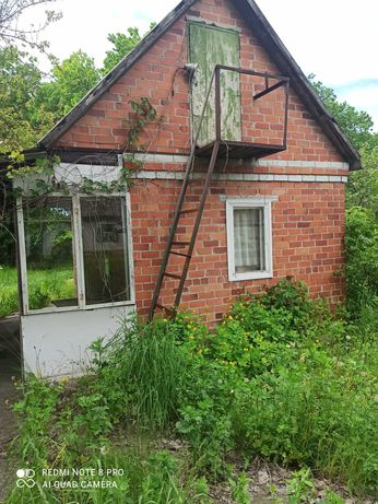 Продам домик в лесу