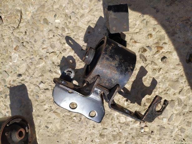 Подушка мотора Мазда 626 GF