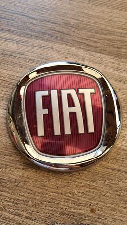 Emblemat  logo znaczek FIAT